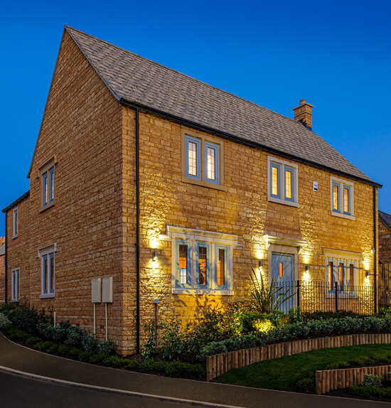 Luxury Living at Kites Reach, Chipping Campden